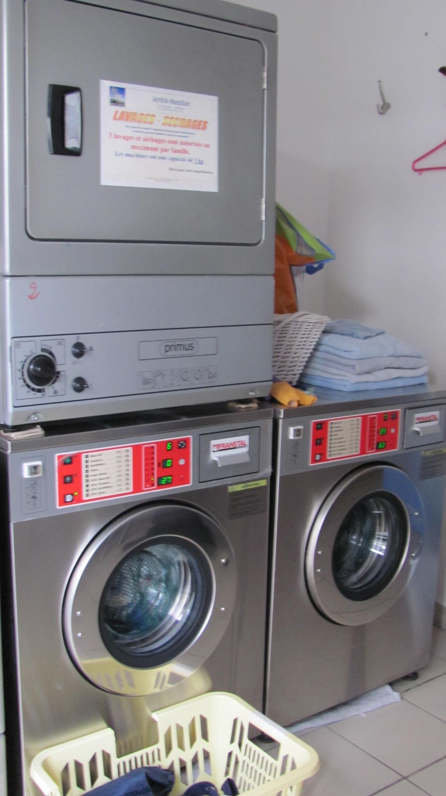 Accès service laverie En Chemin à Hyères